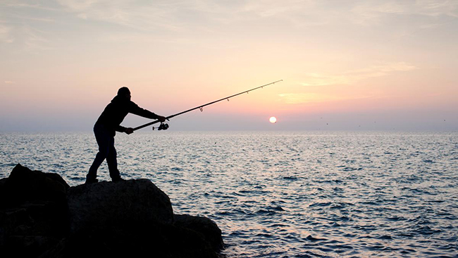 10 Must Have Fishing Gadgets Dawn