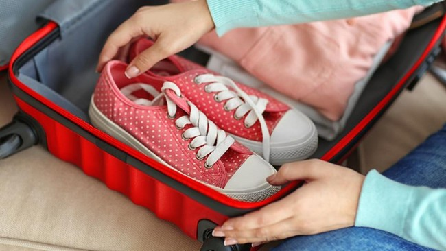 Others How to Pack for a Month