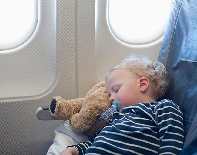 Travelling with baby Playtime