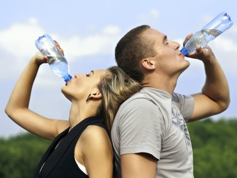 Easy Ways To Stay Young By Drink Water