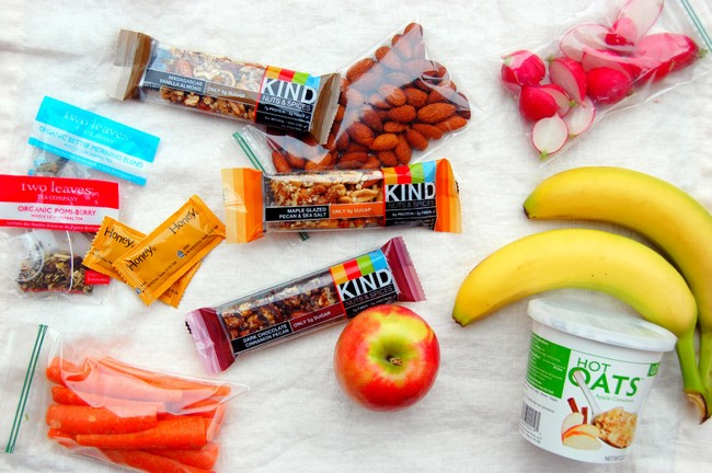 The Snacks For Your Kids When Travelling
