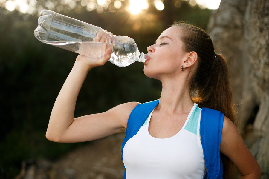 Things Healthy People Do That Unhealthy People Don't As Drink Water