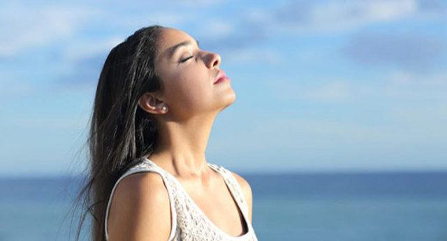 Tips on How to Destress By Taking Deep Breaths