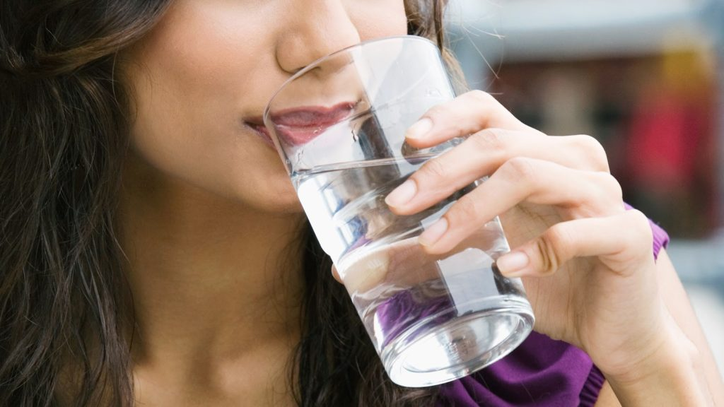 Ways To Take Care Of Your Kidneys As Drink Water