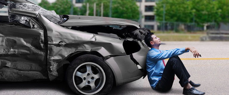 TIps How To Avoid Accidents While You're Driving