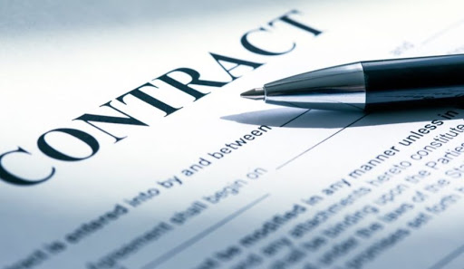 Things you should never do with your money As Never Sign A Contract You Dont Understand